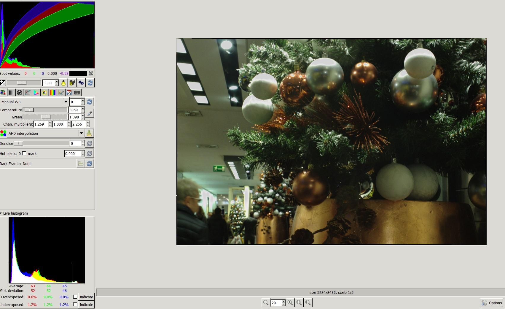 Weihnachtsmarkt Bearbeitung UF Raw